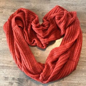 Accessories - 🍭3/$23 Infinity scarf🧣